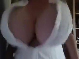 A Primer - huge saggy bouncing tits