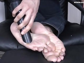 Sharada Vacuums Matture and Calloused Feet