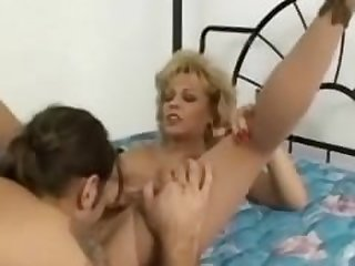 HORNY GRANNY SLUT FUCKED IN STOCKINGS N..