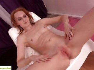KarupsOW - Small Breasted Mature Amateur..