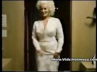 Hotmoza.com - Classic mom and her sonny