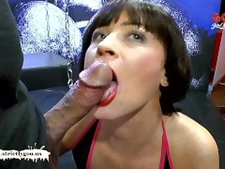 German Goo Girls - Mature babe Nathalie..