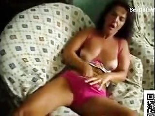 Portugal Wife Rubbing Her Pussy on..