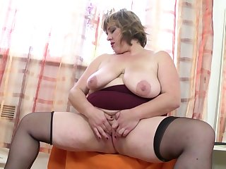 Fat mature not mother with hungry vagina