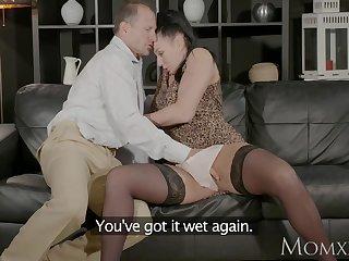MOM Big tits Milf gives deep blow job..