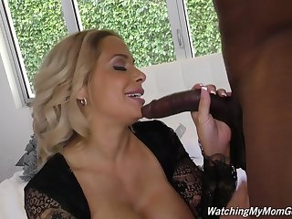 Posh mature mom Alyssa suck and fuck..