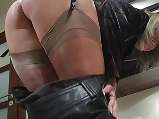 Nylon Stocking Voyeur 4