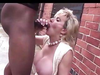 Mature British Milf Sucking Fucking..