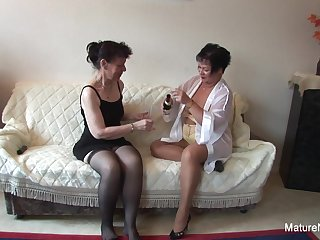 Sexy lesbian threesome action with hot..