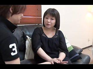 45yr old Hiromi Takeshita loves Cum..