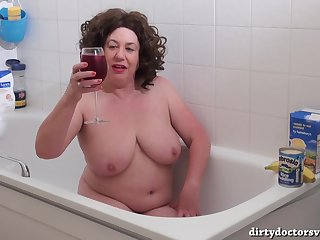 Auntie Trisha Sploshing in The Bath