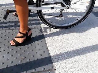 Bike heels