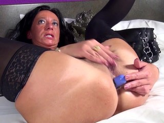 Dirty mother wants to be fucked in all..