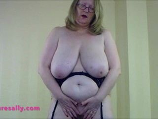 Big saggy tits Mature in a leather skirt