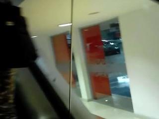 ENCOXCANDO MANO BUS 2