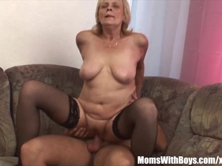 Blonde Old Mama In Stockings Shaved..